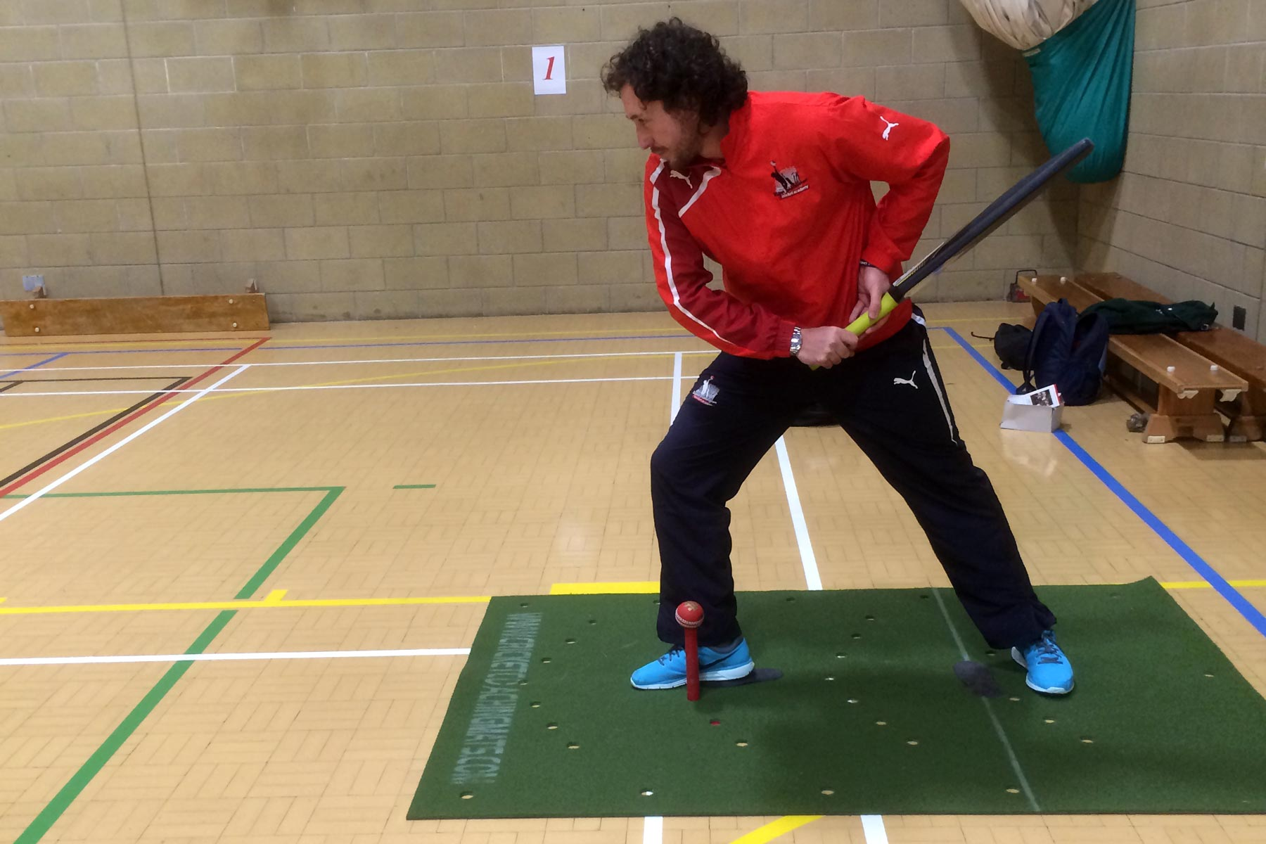 Cricket coaches love Club-practice with cricket Training mat to improve coordination and technique